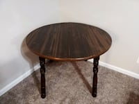 Round Dining Table  Louisville, 40219
