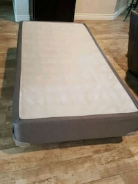 Twin box spring and metal frame new condition Visalia, 93291