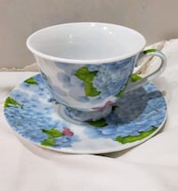 Tea cups and saucers Fallston, 21047
