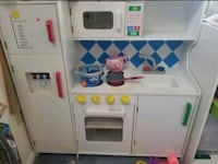 Kids play kitchen, tons of play food, dishes, cups Tewksbury, 01876