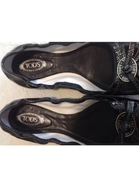 Authentic tod's peep toe flats ~ size 9 ~ retail $200+ Surrey, V4N 6A2