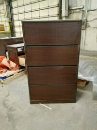 4 drawers filling cabinet  Lubbock, 79404