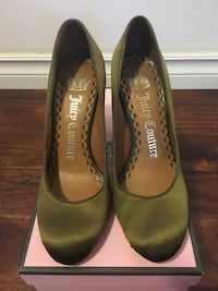 Juice couture. size 6. made in brazil . like new, used only once.