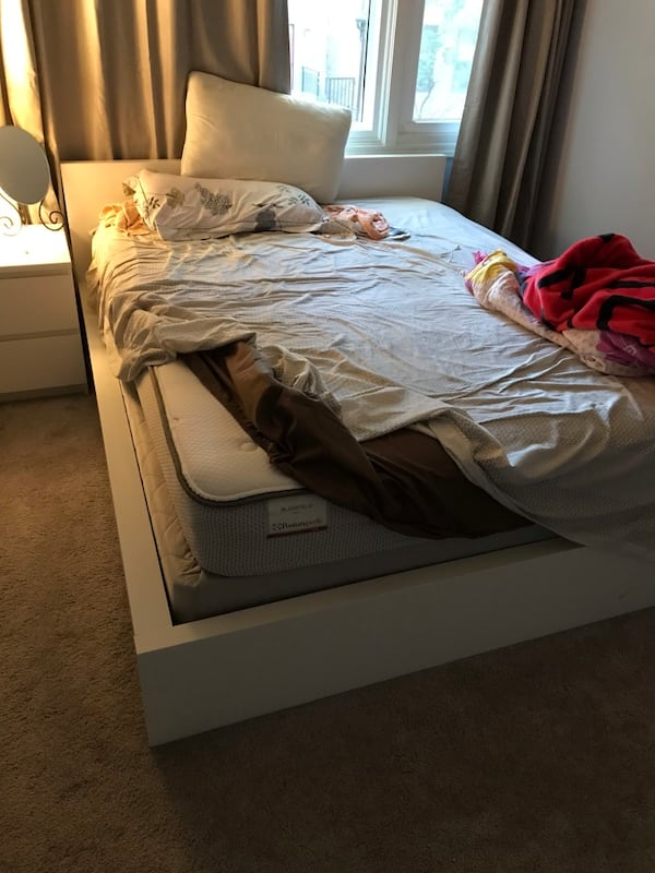 IKEA malm bed and Sealy Mattress 0