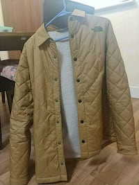 north face quilted jacket Surrey, V3R 0W8