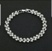 $12 NEW 7.5 in silver plated CZ bracelet  Ballwin, 63021