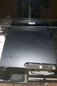 Ps3 has one controller & 5 games
