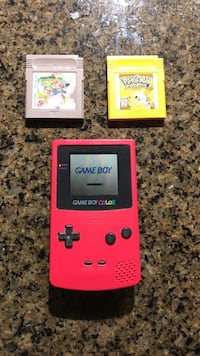 Gameboy Colour with Pokémon Yellow and Mario World games