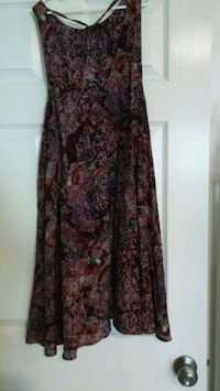 black and red floral sleeveless dress Los Angeles, 91411