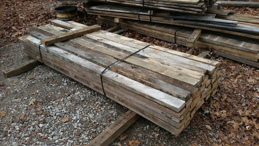Letgo reclaimed barn lumber barnwood sid in gahanna oh for Barnwood siding prices