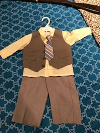 18m boys 4 piece suit Falls Church, 22044
