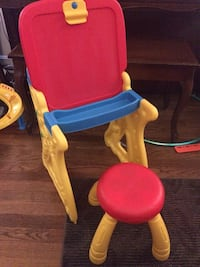 Crayola play n fold 2 in 1 art studio Gaithersburg, 20877