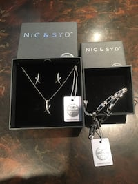 Nic & syd crystals from swarovski necklace & earring set/ braclet Toronto, M9L