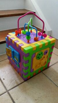 Activity cube excellent for toddler development. Mississauga, L5A