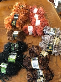 Wool 28 rolls  Courtice, L1E 3C5