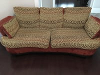 brown and white floral loveseat Vaughan, L4H 3N9
