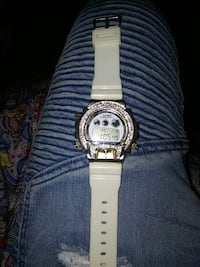 white and silver digital watch Clinton, 37716