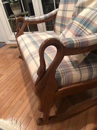 Rocking chair love seat 18 mi