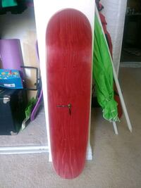red and green wooden board Los Angeles, 91405