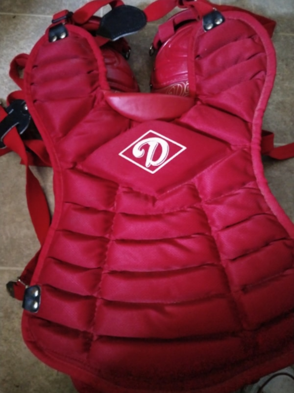 Diamond Catcher's Chest Protector DCP 12 with removable Groin Protecti 578786fc-5ee9-4987-bccb-02a7c4f7a6e3
