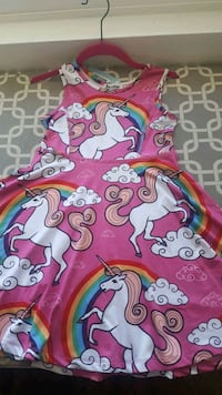 Girls Unicorn dress size age 3-4, Height 41 inches Bremerton, 98311