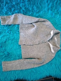 brown and white knit sweater 2315 mi