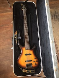 Tobias Toby V bass - 5 string Harpers Ferry, 25425