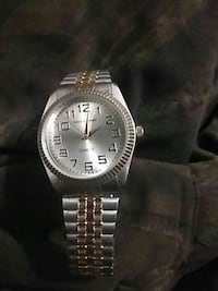 round silver-colored analog watch with link bracelet Chattanooga, 37406