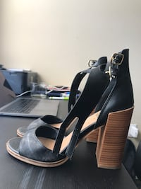 pair of black leather open-toe ankle strap heels Los Angeles, 90007