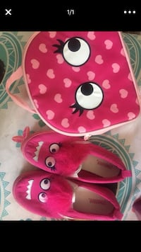 girl's pink and white heart print bag and shoes screenshot Opa-locka, 33054