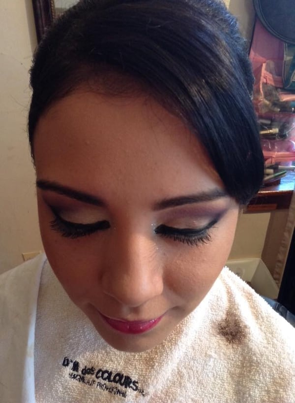 Hair and makeup for any ocation/ maquillaje y peinado para cualkier ocacion bea8cf31-300f-4b8d-81b3-818ed1b0c447