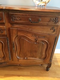 Solid wood side cabinet Hampstead, H3X 3G2