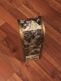 Wine bottle box accent decor piece Tampa, 33634