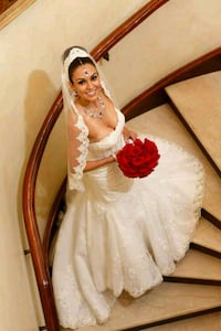 women's white wedding gown Fairfax, 22030