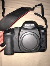 Black canon eos dslr camera Seattle, 98105