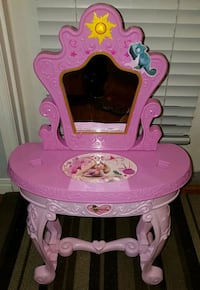 Rapunzel Kids Vanity Table
