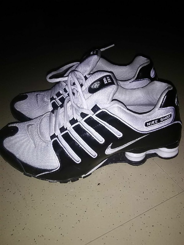 online store 4a01b 65c90 Used Nike Shox womens sz 9.5 for sale in Austin - letgo
