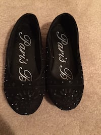 Sparkly Girl Shoes size 13.  Ottawa