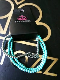 teal and white beaded necklace Sylvania, 30467