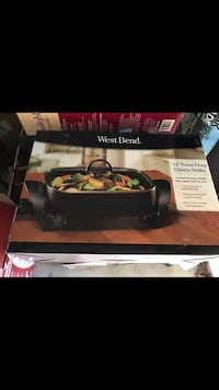"12"" Electric deep dish... never used still in box  Medford"