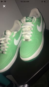 Air Force 1s Toronto, M1S