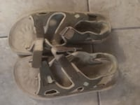 Size 6 sandals Columbia  Calgary, T2A