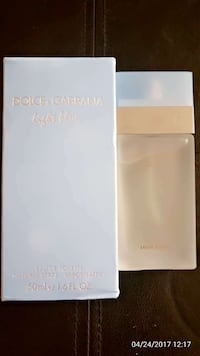 Dolce and Gabbana Light Blue eau de toilette bottle with box