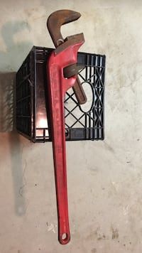 30 in. Long Heavy Duty Iron Pipe Wrench Clifton, 07011