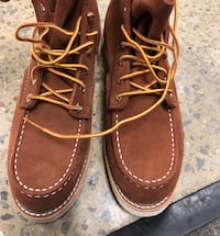 Red wing heritage boots size 9.5 Vienna, 22182