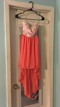 Small sleeveless high/low dress Copperas Cove, 76522