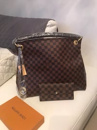 brown and black Louis Vuitton leather tote bag Sunrise, 33351