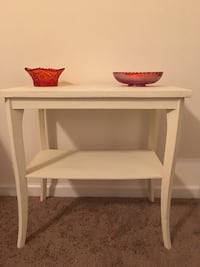 Side table West Columbia, 29170