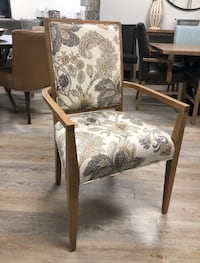 2 showroom chairs 120 EACH  Montréal, H1E 3K4