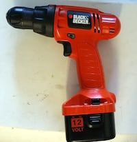 Black & Decker 12 Volt Cordless Drill. Same as New! Drill & Battery Only.